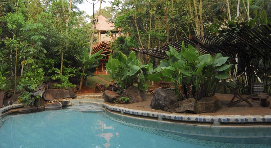 El jardín de Yacutinga Lodge. Un oasis de paz para el viajero naturalista.
